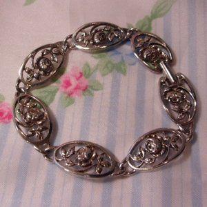 "Avon Silver Tone Rose Link Bracelet 7.5"" L"